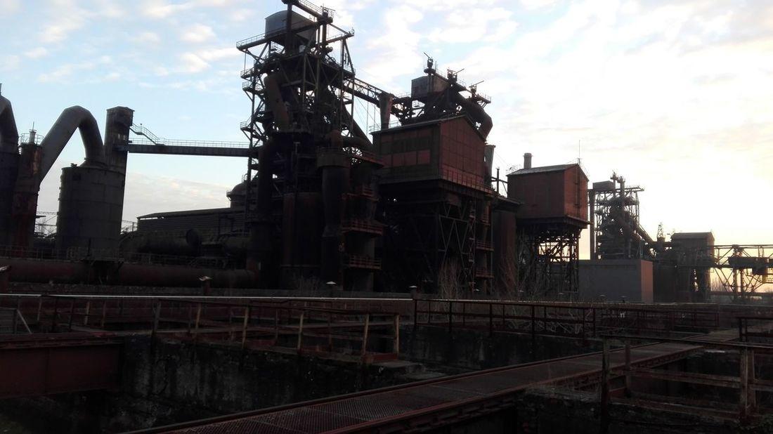 N6 Industriegeschichte Hüttenberg 1902 Meiderich Duisburg Landschaftspark Duisburg-nord Industrial Alussskkc Fotos Antiguas Alemania. Germany🇩🇪 Deutschland EyeEmNewHere Architecture Hüttenwerg Beauty In Nature