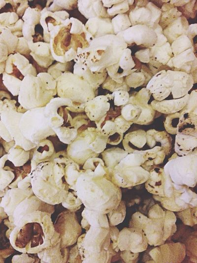 Pop pop pop POPCORN yayy Food Porn Yummy Popcorn :) Butter Flavor
