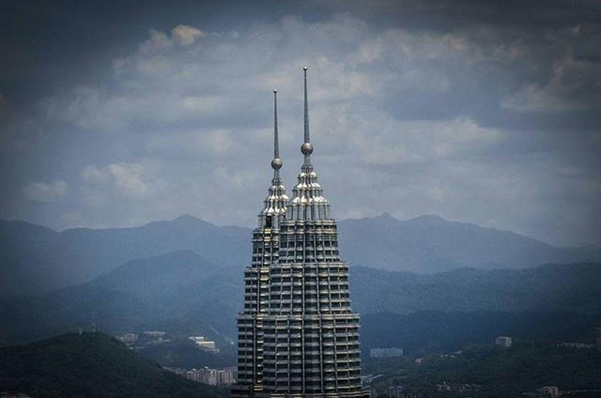 PETRONAS TWIN TOWER KUALA LUMPUR Vscocam VSCO Vscomalaysia Amalaysianphoto Mshjournal
