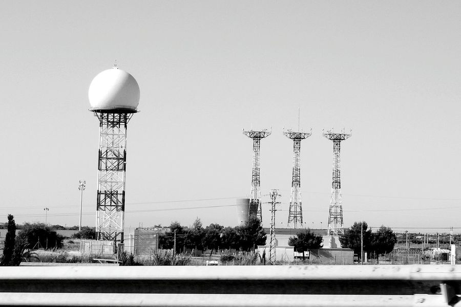 Giant Golf Ball [BW] ~ EyeEm Selects Safety First! Spain🇪🇸 Technology Power Stations Transmitters Blackandwhite Airport Tower Communication Is Everything Building Exterior No People Alicante Architecture Outdoors City Sky Day Sunny City Life ❤