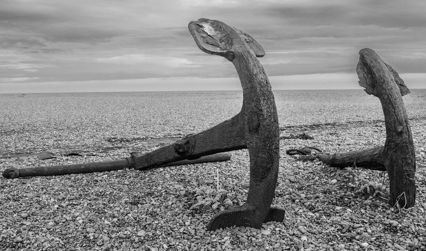 Anchor Beach Black And White Blackandwhite Day Landscape No People Outdoors Pebbles Scenics Sea Sky Rusty