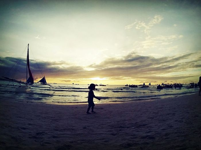 Keep moving. Traveling Philippines Check This Out Wheninboracay Travelling Travel Photography Traveler Eyeem Philippines