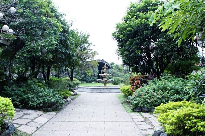 A hidden park we stumbled upon when walking and exploring Manila. Things That Are Green Travel Photography The Purist (no Edit, No Filter)