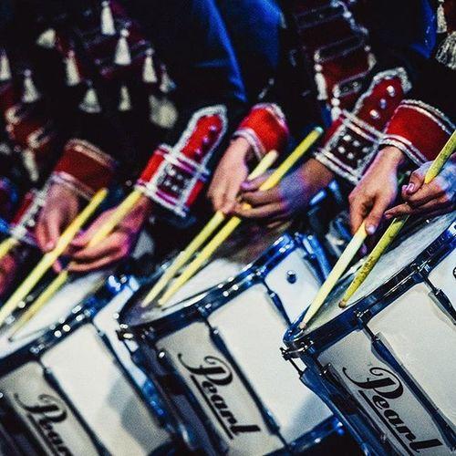 Барабанное шоу Vasilievgroove в Анапе. фоторепортаж Wigandt_photo (ЭрикВигант ) Больше фото тут: http://vk.com/album1267940_218388268 Wigandt_photo Wigandtphoto Wigandt Vasiliev Anapa Анапа Blacksea Concert Drumshow концерт барабанноешоу Россия Russia Live Sonyalpha летняяэстрада барабаны Drummers Drumm LiveMusic фоторепортаж репортаж report music artphoto