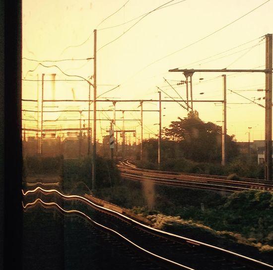 Moving Time Train Lever De Soleil Optical Window Train
