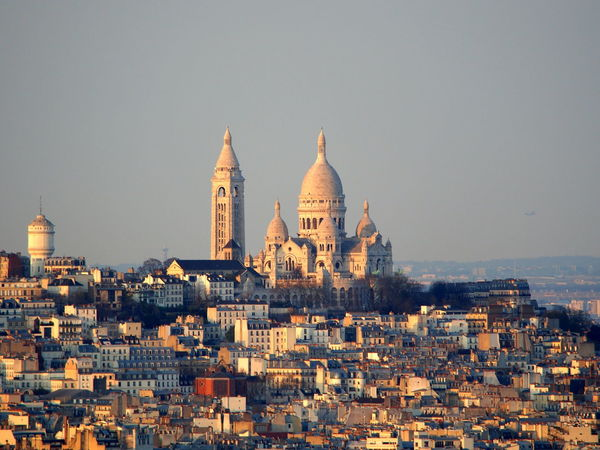 Light Sacre Coeur Sacré Coeur, Paris Architecture Building Exterior City Dome No People Outdoors Travel Destinations