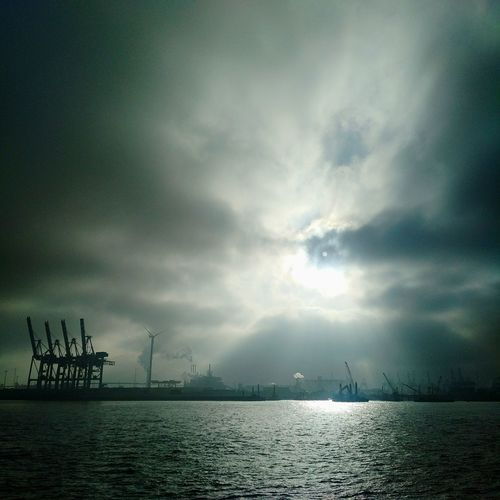 Hamburg Harbour Hamburg Kran Cranes Port Clouds Clouds And Sky Sunbeam