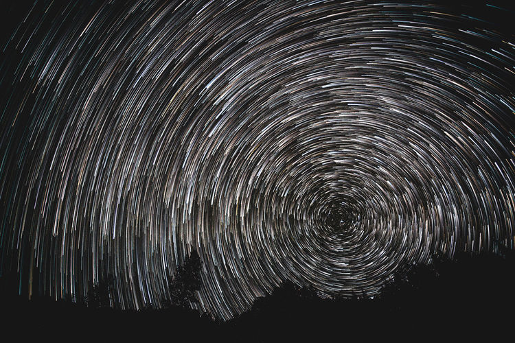 Night Space Long Exposure Star - Space Motion Sky Star Trail Nature No People Beauty In Nature Scenics - Nature Spinning Blurred Motion Galaxy Constellation