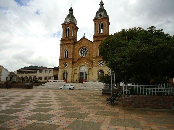 Iglesia del municipio de Sesquilé. Church Iglesia Turismo Hello World Municipio Sesquilé Colombia