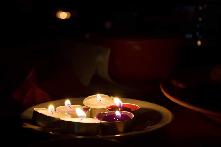 W I S H Candle Flame Burning Heat - Temperature Illuminated Tea Light Indoors  No People Night Close-up EyeEm Best Shots EyeEm Gallery EyeEm Selects EyeEmBestPics Fire Prom