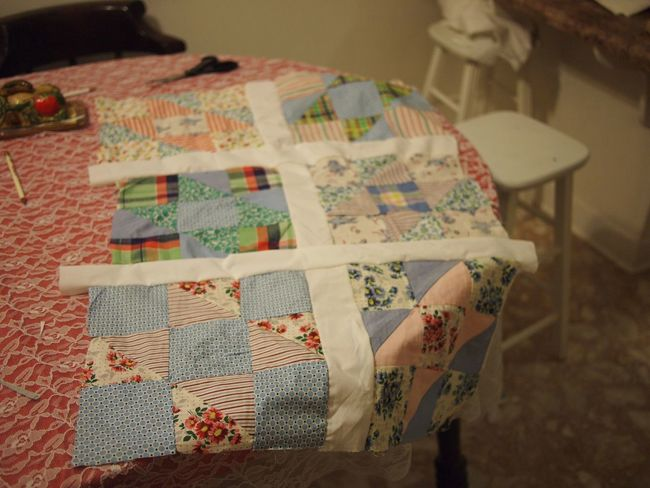 Quilt Quilting Quilt Pieces Homemade Indoors  Focus On Foreground Table Floral Pattern No People Relaxation Close-up Pattern Art And Craft