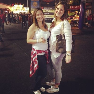 OC FAIR ? Datwins Chucks Michaels SistaSista  awkwardarm PL