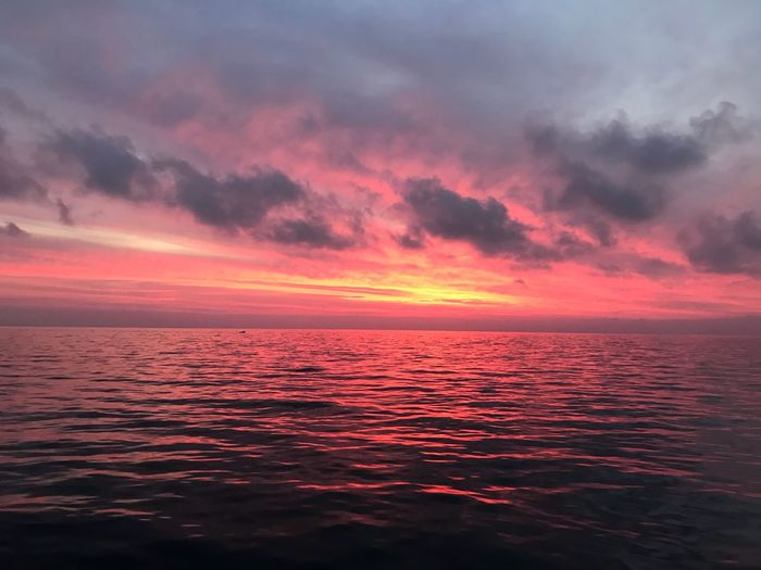 Red sunlight Italy Sunset Sky Sea Water Cloud - Sky Beauty In Nature Scenics - Nature Horizon Over Water Idyllic Horizon Orange Color Pink Color Tranquility Tranquil Scene Dramatic Sky Romantic Sky Nature No People Seascape Outdoors