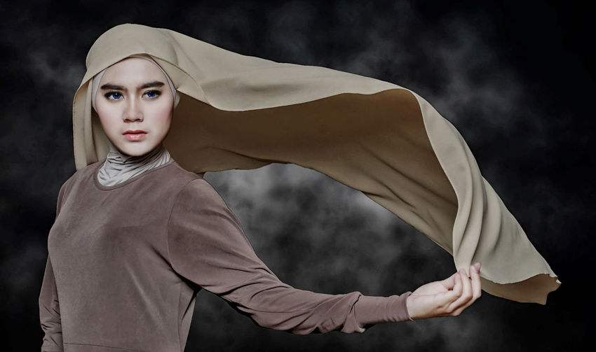 the beauty of hijab's Check This Out Studio Photography Style And Fashion First Eyeem Photo EyeEm Best Shots EyeEm Gallery EyeEm Best Edits EyeEmBestPics Hijabfashion Hijabbeauty Hijabgirl Nikonphotography