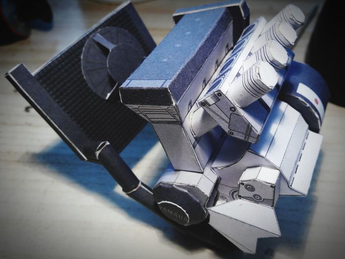 Yamaha YZF-R1 Papercraft Engine