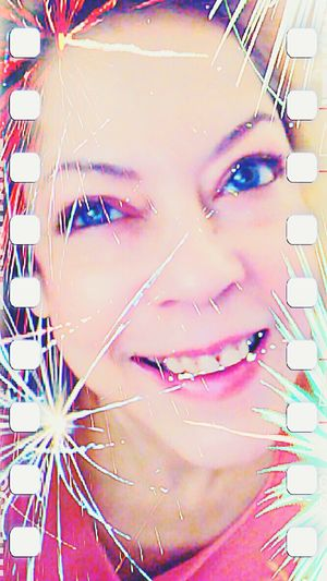Good Evening Beautiful Friends :-* Thursday Night Hello World Sick Day Self Portrait Playing With Effects Fireworks Photos Around You Mobile Photography Selfie