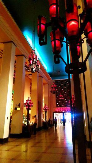 Architecture Illuminated EyeEm Selects EyeEm The Week On EyeEm EyeEmBestPics EyeEm Best Shots EyeEm Gallery Eyeemphotography EyeEm Best Edits Montreal, Canada Montrealphotography Redlightphoto Redcandle Candles