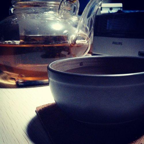 繼續拿普洱茶養杯子!