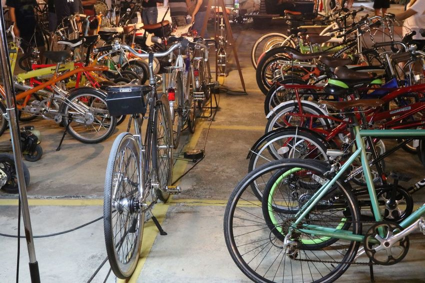 Secondhand Secondhand Bicycle Bicycle Mode Of Transport Land Vehicle Transportation Stationary No People Outdoors Bicycle Rack Bicycle Shop Day