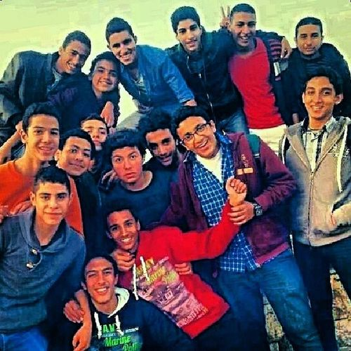 2a5er_youm_2mt7anat Instafun 2l_m3moura Friends <3