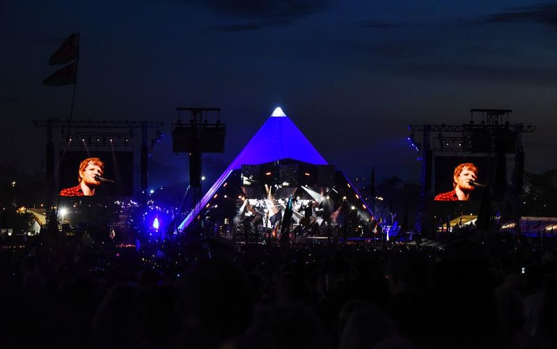 Ed Sheeran Glastonbury 2017 Large Group Of People Night Illuminated Real People Crowd Arts Culture And Entertainment Leisure Activity Lifestyles Women Event Music Festival Men Celebration Enjoyment Audience Performance Stage Light Stage - Performance Space Outdoors Togetherness Glastonbury Festival