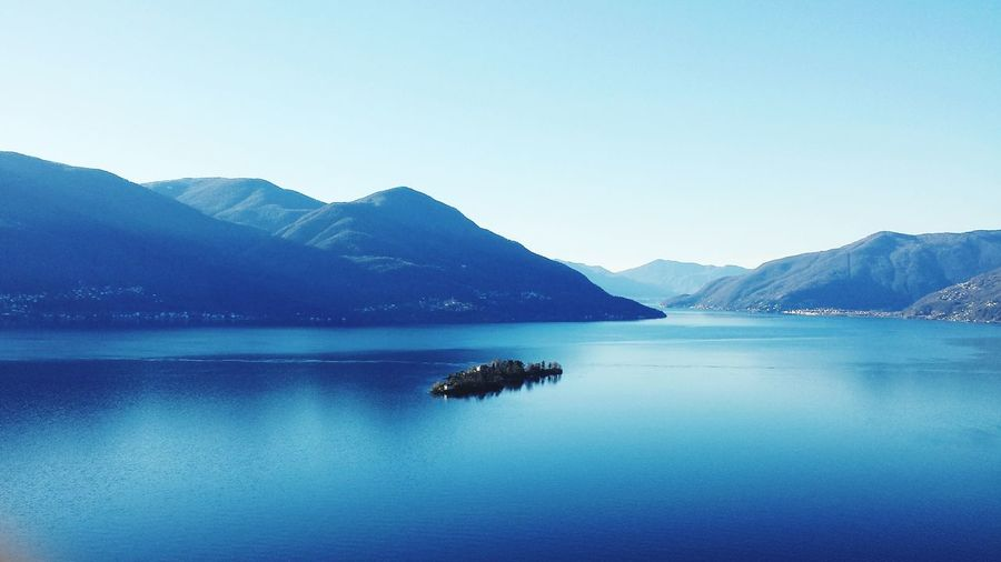 Lake Landscape Blue Water Clear Sky Outdoors Tranquility Beauty In Nature No People Sky Day Vista Panorámica Vista Beauty In Nature Nature Plant Sunlight Clear Sky Scenics EyeEmNewHere