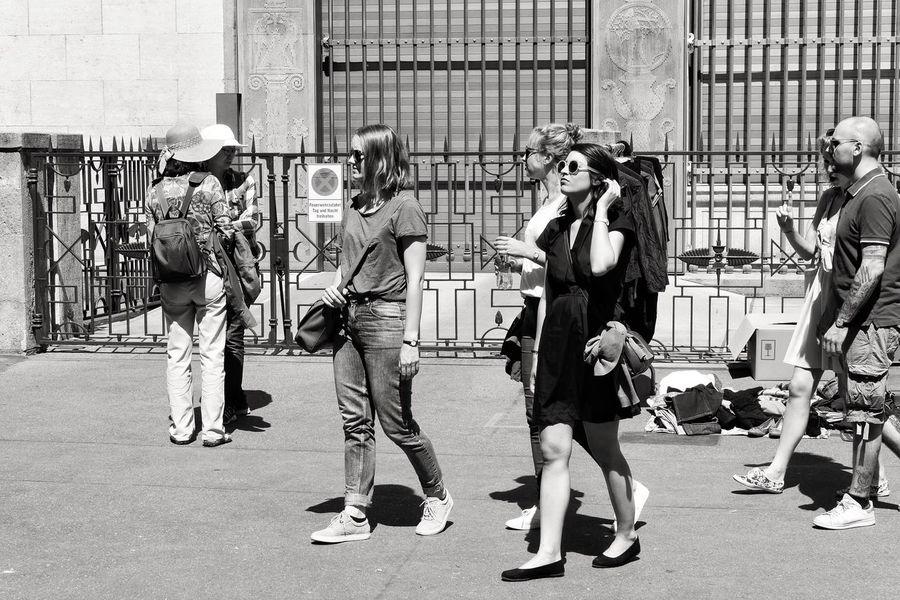 EyeEm Best Shots Black And White Street Streetphotography Monochrome Blackandwhite EyeEm Gallery Zurich, Switzerland EyeEmSwiss