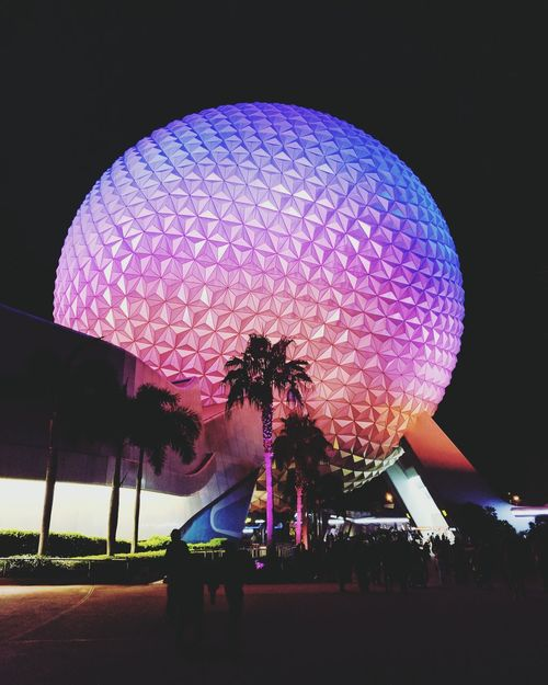 Business Human Body Part Night One Person Outdoors People One Man Only Landscape Travel Journey Technology Vacations Adventure Scenics No People Photography Themes Sky Camera - Photographic Equipment Film Industry Smartphone Disneyland Disney DisneyWorld Pattern Epcot
