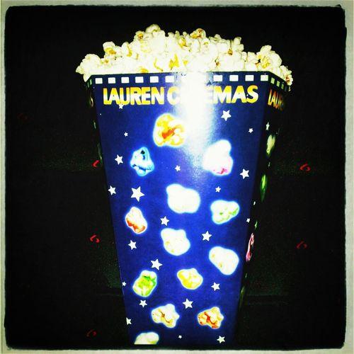 Anem Al Cinee