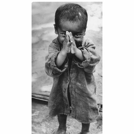 Joininghands🙏🙏small Child With Cute Smile (: 💖💖👉👉📷📷@shrestika Nepalipeople😊 Nepalese Neplai Traditional Steal Blackandwhitephotography Black And White Collection