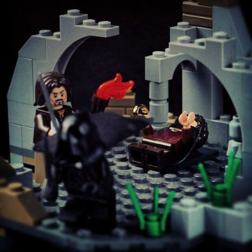 Aragorn to the rescue! LOTR Lordoftherings Lordoftheringslego Instamood instagram instadaily