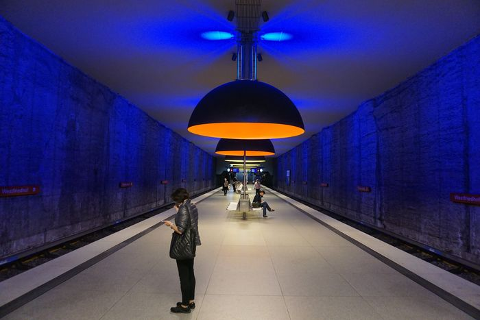 Illuminated Real People Indoors  Full Length Men The Way Forward Lifestyles Architecture