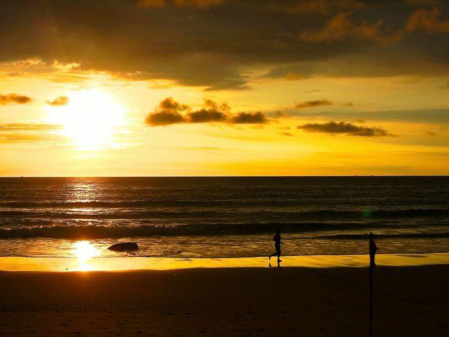 'Sunset'😍 Enjoying The Sunset Relaxing Landscape_Collection Landscape_lovers Landscape_photography Landscapes Landscape On The Beach Sunset_collection Sunset #sun #clouds #skylovers #sky #nature #beautifulinnature #naturalbeauty #photography #landscape