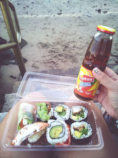 Beach, sushi and ice tea = perfection. Relaxing Beach Life Enjoying Life Hanging Out