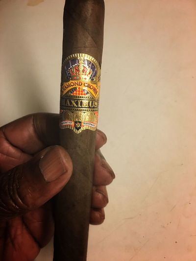 Dailycigar Firstcigaroftheday Diamondcrowncigar Maximus