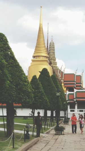 Amazing Pagoda, Gold Jedi, Cheese! Check This Out Taking Photos Bangkok, Thailand.