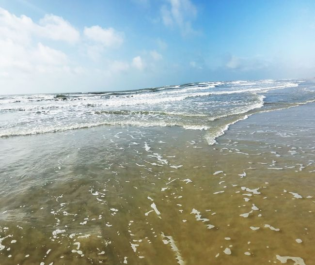 Escape into the wonders of the world Memories Summer2018 Texas Texas Beaches Port Aransas Texas Water Sea Sky Cloud - Sky Beauty In Nature Scenics - Nature Beach Wave Nature Tranquil Scene No People Tranquility Sunlight Motion Outdoors Day