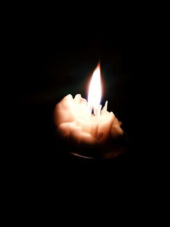 Flame Burning Candle Candle Light Candle Lighting  Candle Flame Candle Night Candles-collection Heat - Temperature Illuminated Single Object Black Background