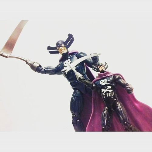Crazy I got this mu grim reaper about a year or so and now I have mL version and I'm just so.happy to have em both, super awesome figures happy to have reaper and reaper Jr 😂 Marveluniverse Grimreaper Marvellegends Infiniteseries Hasbro Infiniteseries Disney Hydra Toyphotography Toyunion Toycommunity Toysmydrugs Toystagram Toys4life Articulatedcomicbook Actiontoyart Actionfigures Actionfigurephotography Anarchyalliance Tcb_peekaboo Tcb_flyupandaway Ericwilliams Figures Figurecollection Collection collector toycrewbuddies toycrewbuddiesusa