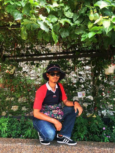 old is gold Adidas Fila Gregory BukitBendera Gazelle Portrait Sitting Eyeglasses  Plant Life Blade Of Grass First Eyeem Photo