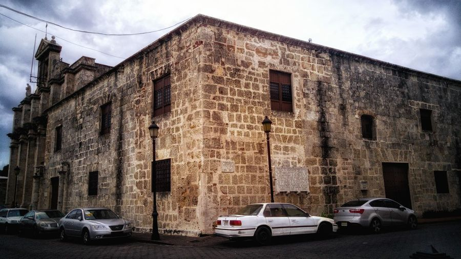 Colonial architecture Building Exterior Architecture Built Structure No People Day Outdoors Colonial Architecture Historical Building Dominican Republic Spanish Old-fashioned Ruins Travel Destination City City View  Outdoor Photography