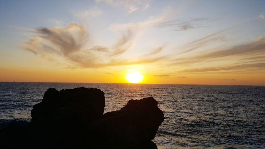 sunset isole