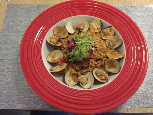 泰式紅咖哩蛤蠣燉飯 微辣 吃起來普普 亞堤司創意廚房