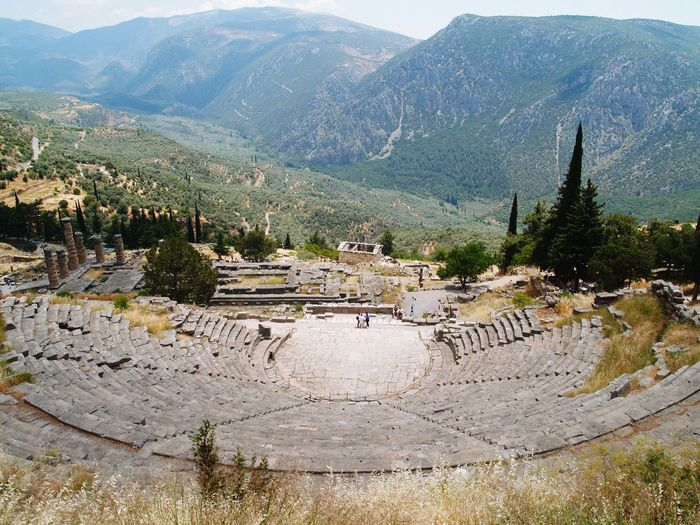 Visit Greece Greece Culture Of Greece Ancient Architecture Ancient Theatre At Delphi The Beginning Of Civilization Museum Of Delphi Culture Drama And Commedy Center Of Tha Earth