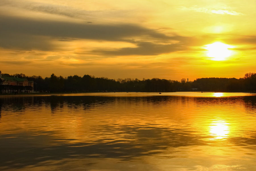 Landscape Sky Sun Cloud - Sky Cloud Pond Tree Water Sunset Lake Reflection Dramatic Sky Atmospheric Mood Horizon Over Water Going Remote