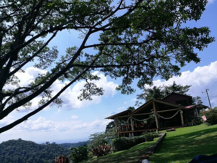 Beauty In Nature No People Nature Cloud - Sky Landscape Rural Scene Nature Costa Rica Y Su Naturaleza Costa Rica Cloud And Sky Low Angle View Building Exterior Travel Destinations Paradise Built Structure Outdoors Day Architecture House The Great Outdoors - 2017 EyeEm Awards