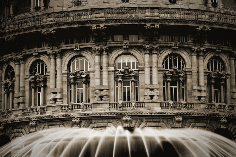 Filtro Nd Fontain Fontana Motion Long Exposure Travel Destinations Speed Blurred Motion Architecture Water No People Day