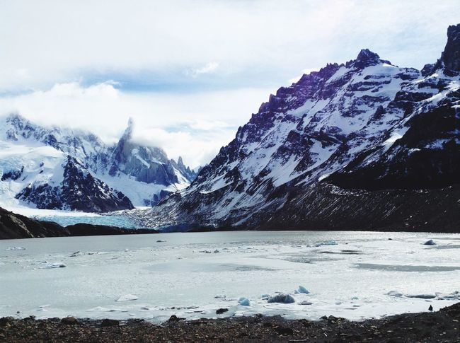 Trekking Freezing ❄ Patagonia Ice White Mountains