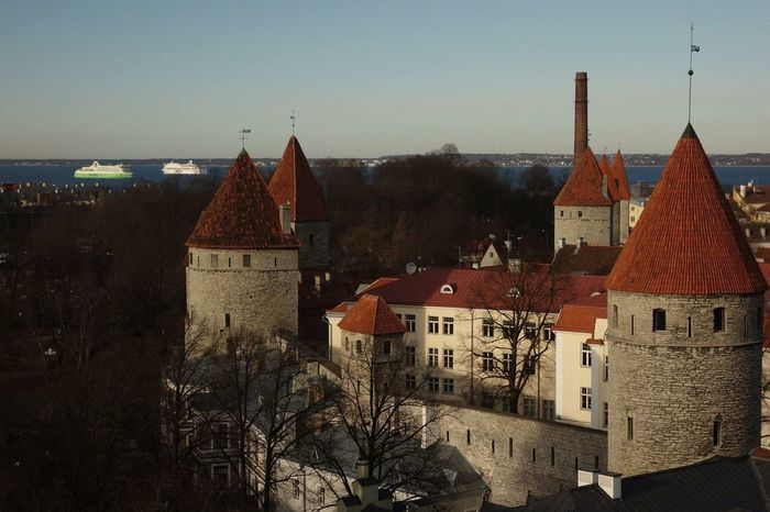 Sunny day Sun Sunshine Architecture Surrounded By Nature Architecture_collection History Historical Building Town Wall Towers Close To The Water View From Above View Of The Sea View Of The Town Vacation Tallinn Old Town Estonia