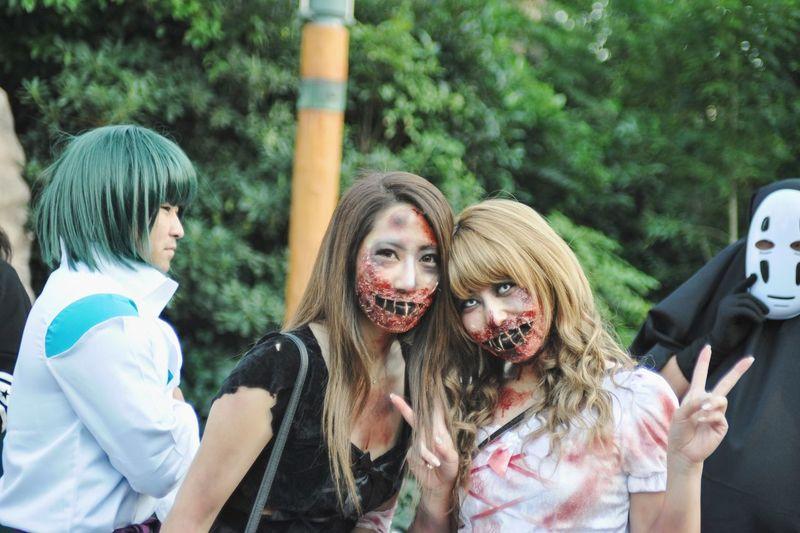 Thanks to my Zombie friends👻 Holloween🎃 Osaka,Japan Universal Studios  USJ In Osaka Zombie Costume Party Models